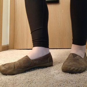 Tan/brown slip on shoes
